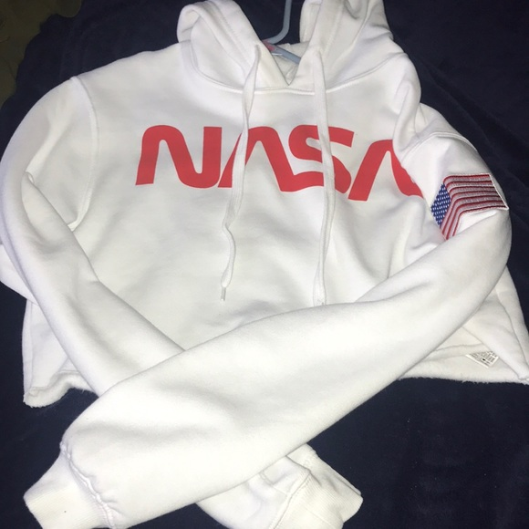 6199ea27d9 Forever 21 Sweaters - Crop top NASA hoodie